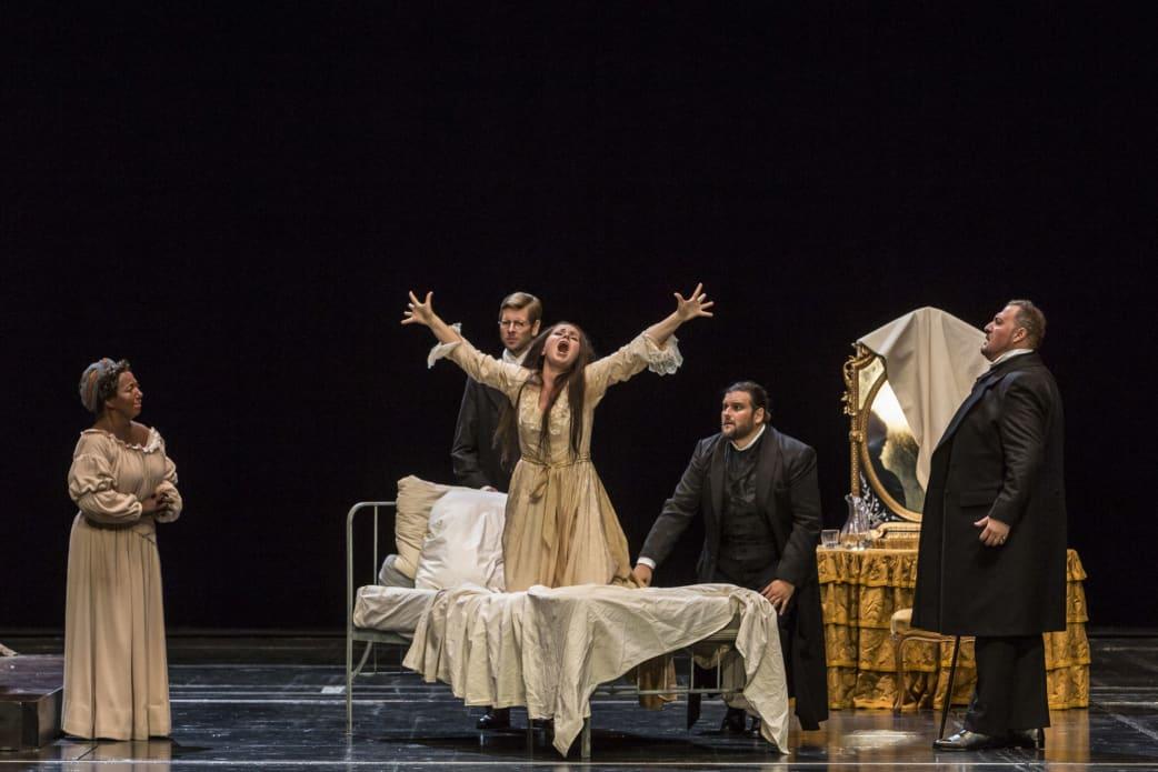 https://www.streetpress.com/sites/default/files/traviata2.jpg